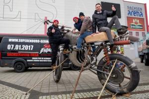 2016-02-04-Riesenmoped